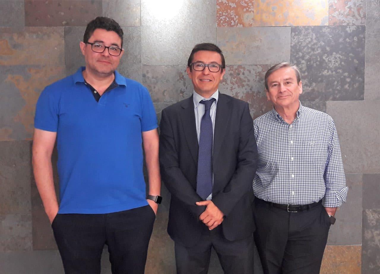 Ángel Mª Sierra estrena titularidad de farmacia en Alicante 3