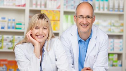 Transmisión familiar de una oficina de farmacia: aspectos fiscales a tener en cuenta